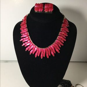 Vintage Lisner Thermoset Necklace & Earrings Set